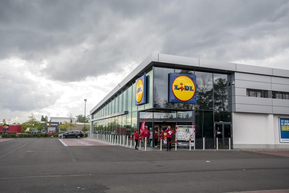 Aan de Lidl-winkel in Genk werd in 2018 al actie gevoerd tegen de hoge werkdruk. Het was dinsdagavond nog niet duidelijk welke winkels woensdag kunnen openen.