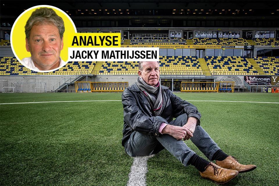 Roland Duchâtelet enkele jaren geleden op de middenstip van zijn Stayen. Als het van Jacky Mathijssen afhangt, keert hij liever vandaag dan morgen terug.