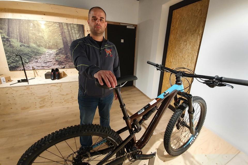 Bjorn kreeg vrijdagnacht dieven over de vloer, ze gingen er met twaalf duren fietsen vandoor.