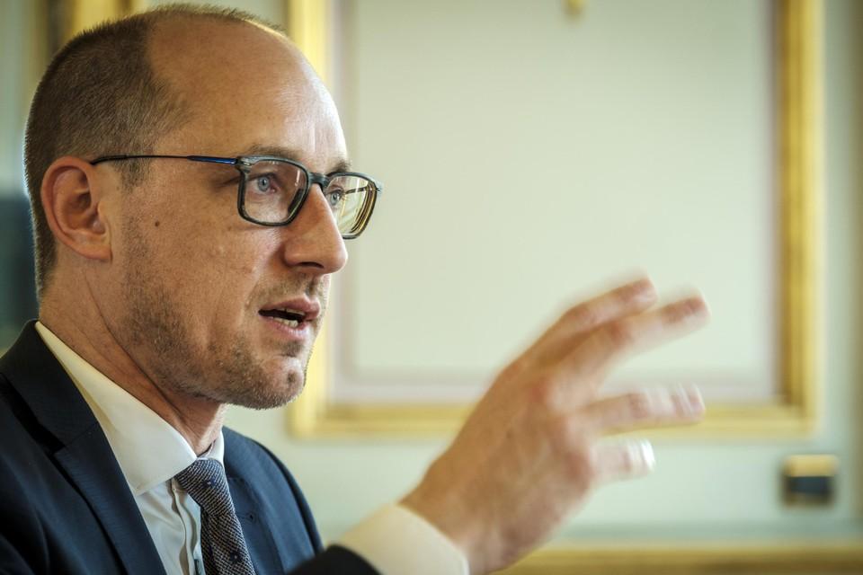 Minister van Financiën Van Peteghem.