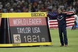 thumbnail:  Christian Taylor pakte uit met een geweldige sprong