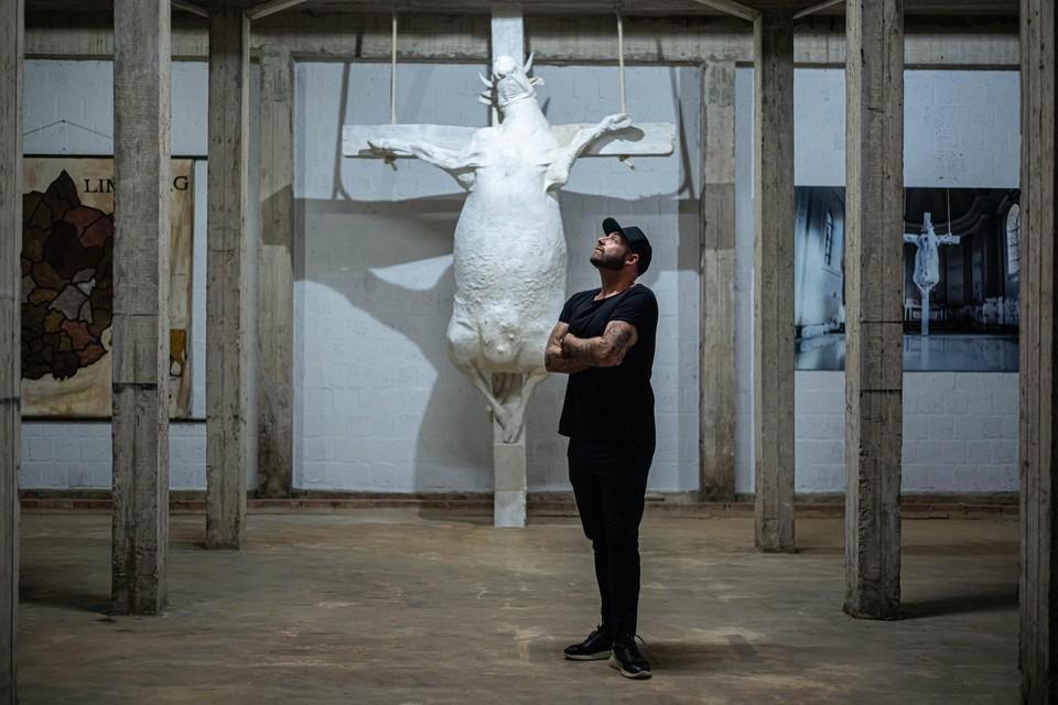 Catacombs heet de nieuwe werkplek van kunstenaar Tom Herck in Sint-Truiden.