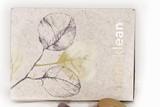 thumbnail: Make-upset met gloss, fan brush en highlighter - i.am.klean - 49 euro via iamklean.be