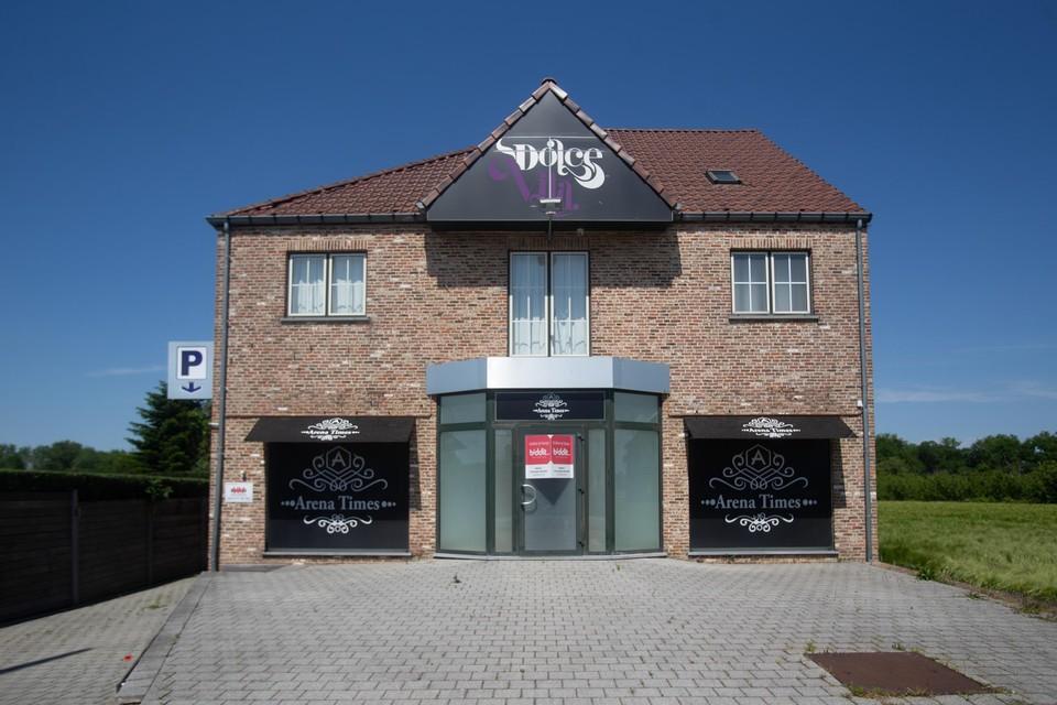 Vanaf 21 juni kunnen geïnteresseerden een bod uitbrengen op het voormalige bordeel 'The Lobby'.