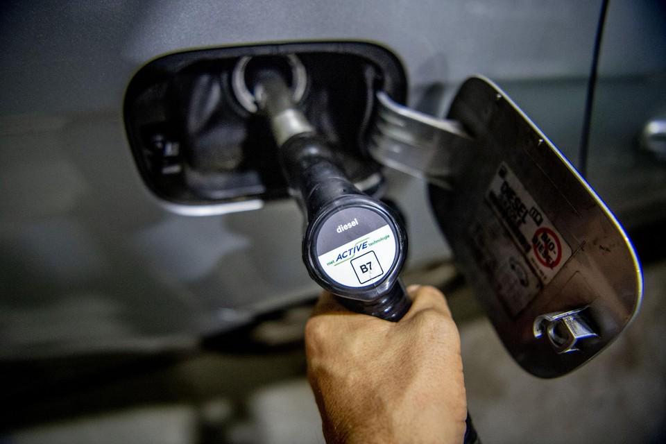 Een liter diesel kostte nog nooit zoveel.