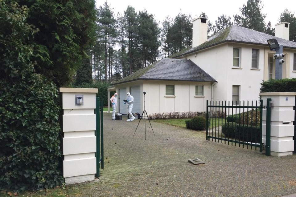 In oktober vorig jaar legde klusjesman Roger C. al aan de speurders uit hoe hij op 21 november 2017 de 51-jarige Nederlandse zakenman doodschoot in de keuken van diens villa op Grote Heide in Pelt.