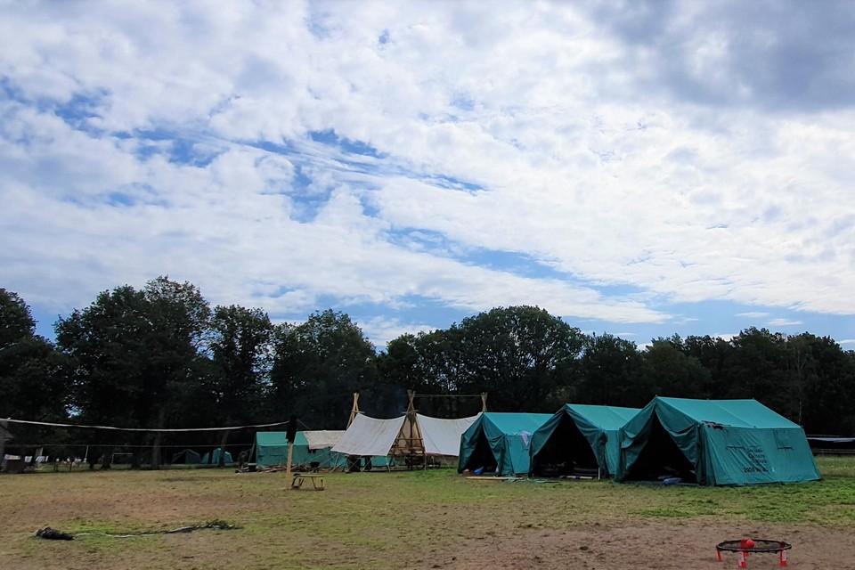 Tentenkampen horen bij een bivak.