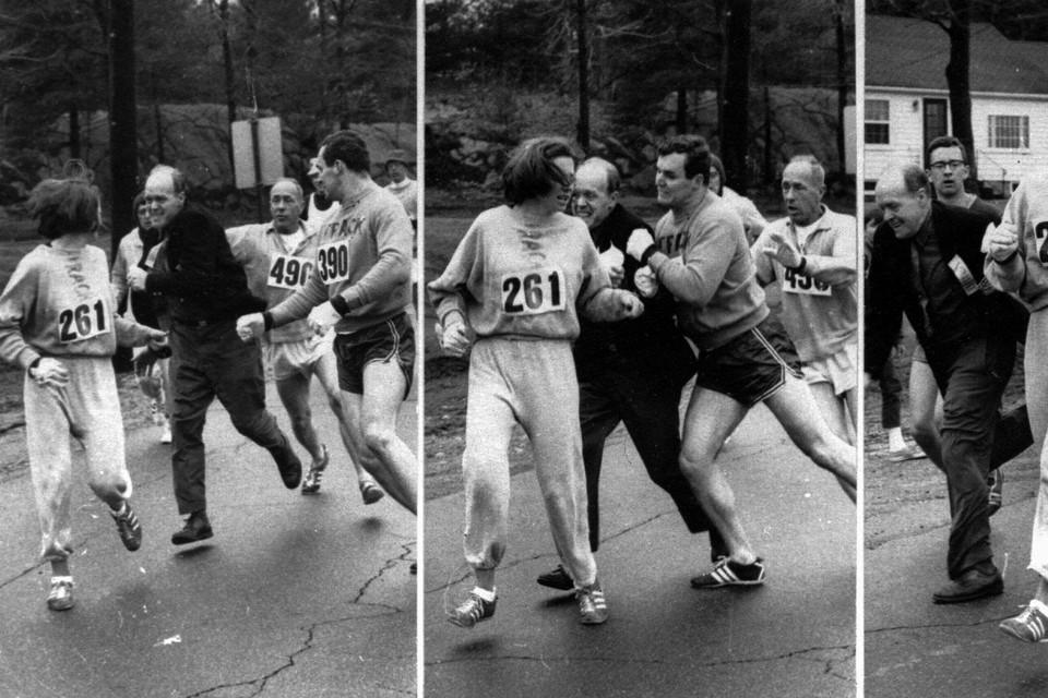 De wedstrijdmanager (midden) probeerde het rugnummer van Katherine Switzer te grijpen tijdens de Boston marathon in 1967. De andere deelnemers konden hem tegenhouden, waardoor Switzer als eerst vrouw de marathon uitliep. Het duurde tot 1972 voor vrouwen officieel mochten deelnemen.