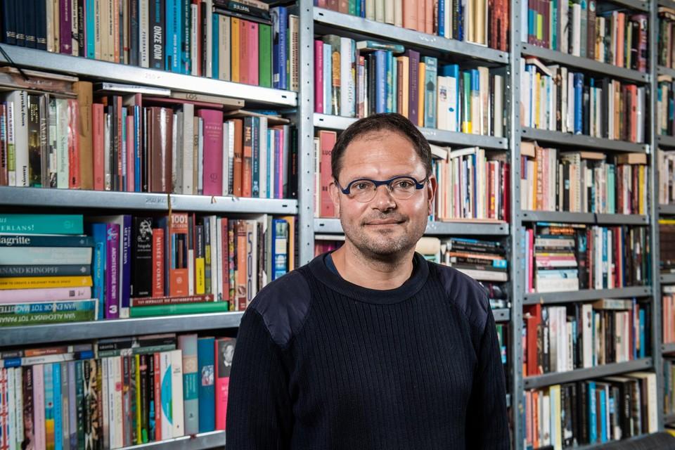 Niet alleen de Canvas-documentaire  blikt terug op de geschiedenis van de Belgische migratie, ook  van auteur, columnist en journalist Tom Naegels (45).