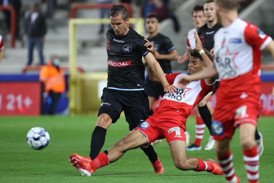 Drie weken geleden tegen Moeskroen moest Stijn Wuytens nog vervangen worden met een stevige hoofdblessure.