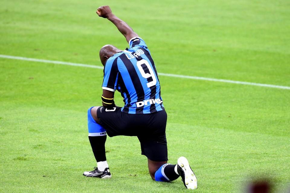 Romelu Lukaku spreekt niet alleen via zijn doelpunten.
