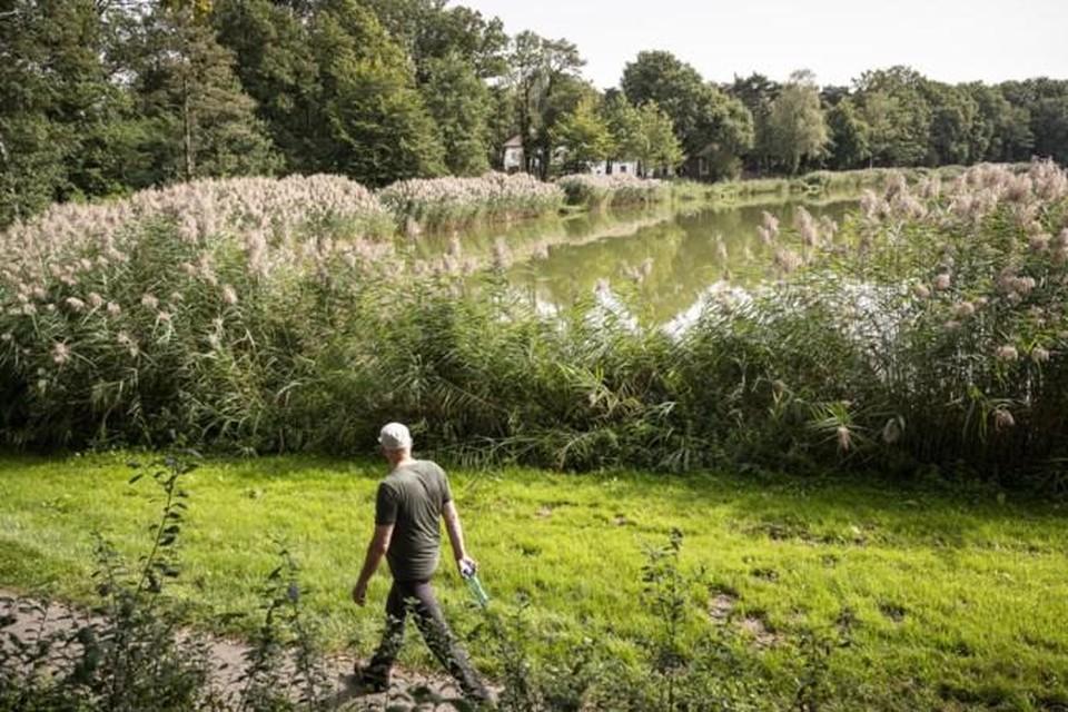 Plan voor tien vakantiehuisjes met uitzicht op water IJzeren Man in Weert.