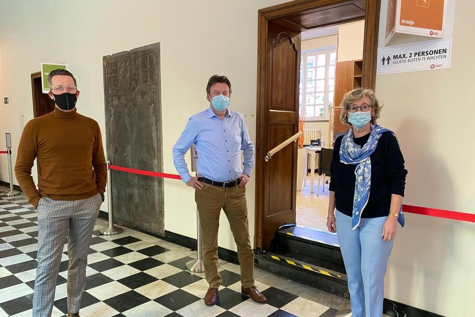 Burgemeesters Dries Deferm, Patrick Lismont en Veerle Heeren zijn trots op hun 700 vrijwilligers