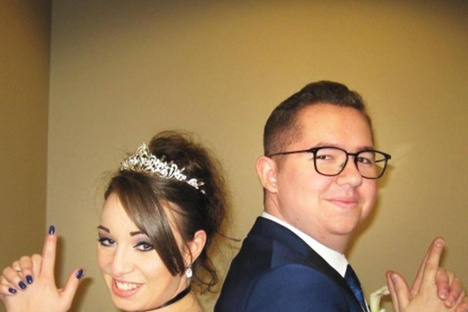 Kristel Appelt (26) en Mike Gielen (24) huwden vorig jaar in de gevangenis.