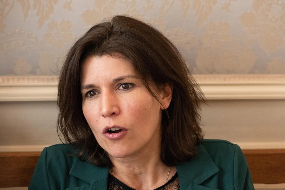 Valerie Van Peel.