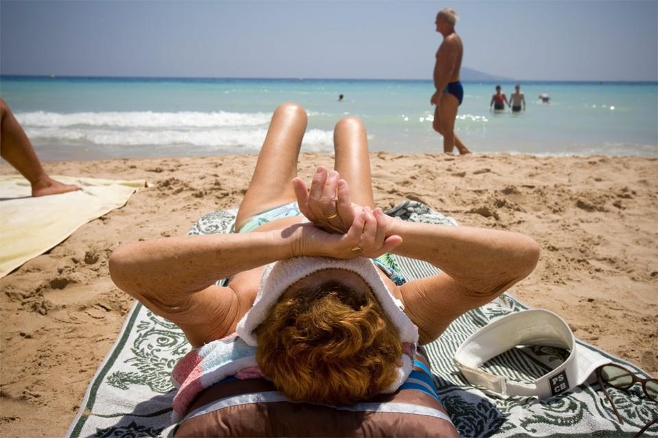 Gaat uw strandvakantie vanwege de coronacrisis niet door? Dan heeft u vanaf nu de keuze: of een tegoedbon voor 12 maanden of een terugbetaling als u uw reis toch niet kan maken.