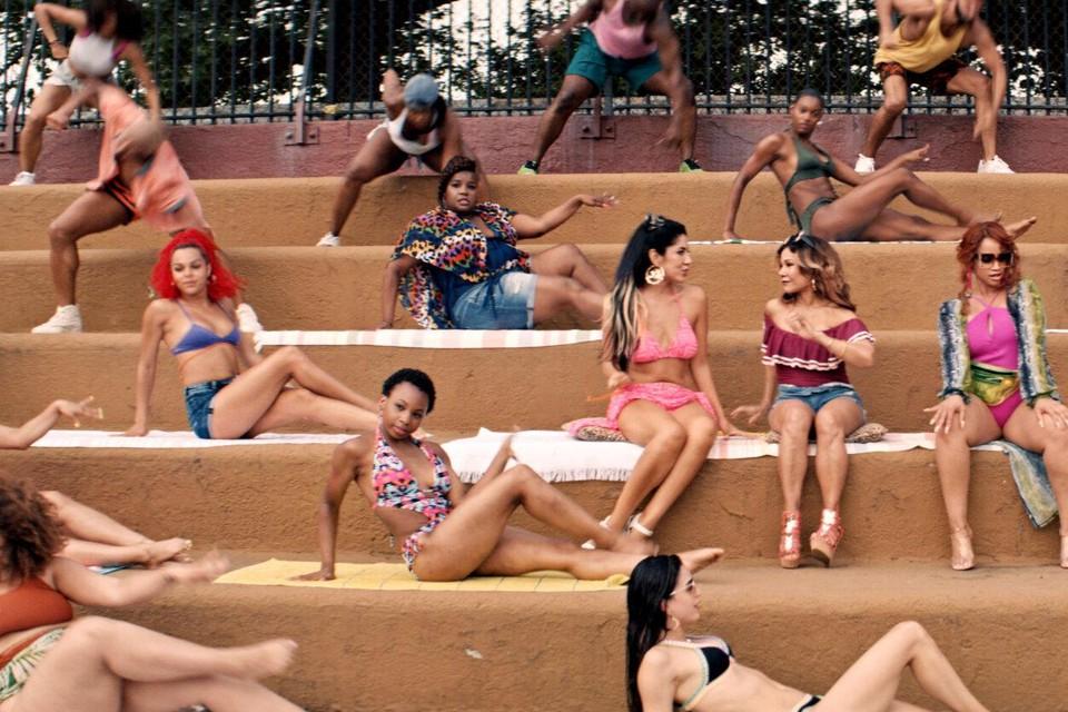 Swingen met de Latina's tijdens een hete zomer in 'In the Heights'.