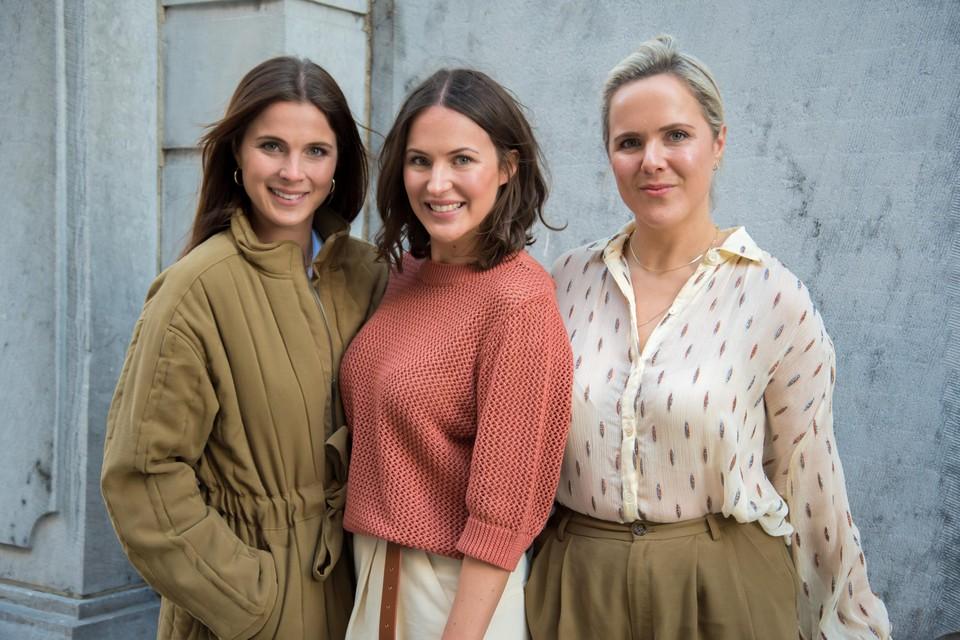 De zussen Kay, Julie en Clio Henderickx, samen Les Soeurs.
