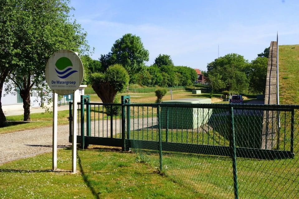 Door onderhoudswerken in het waterproductiecentrum van De Watergroep in Rukkelingen-Loon is het onthardingsproces tijdelijk stilgelegd.