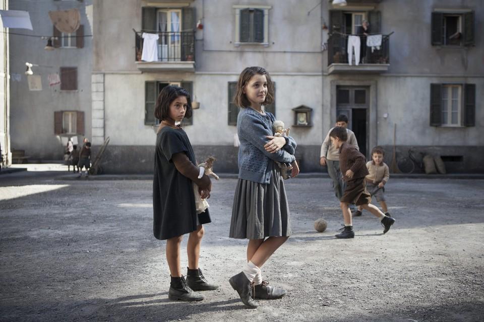 Een beeld uit 'My Brilliant Friend', de Italiaanse successerie.
