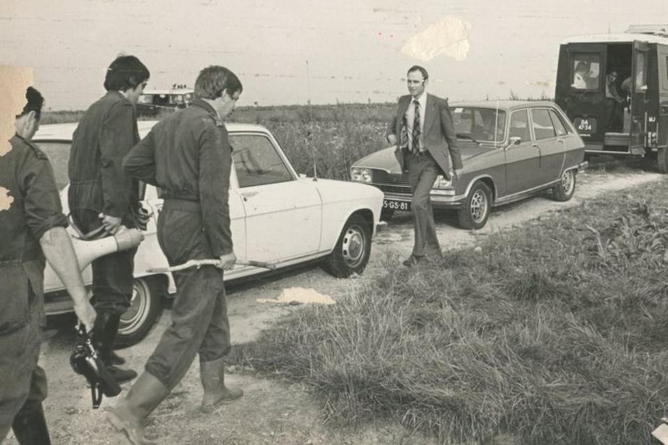 Herhaaldelijk is gezocht naar Marjo Winkens, zoals hier tussen Nuth en Spaubeek vlak na haar verdwijning in 1975.
