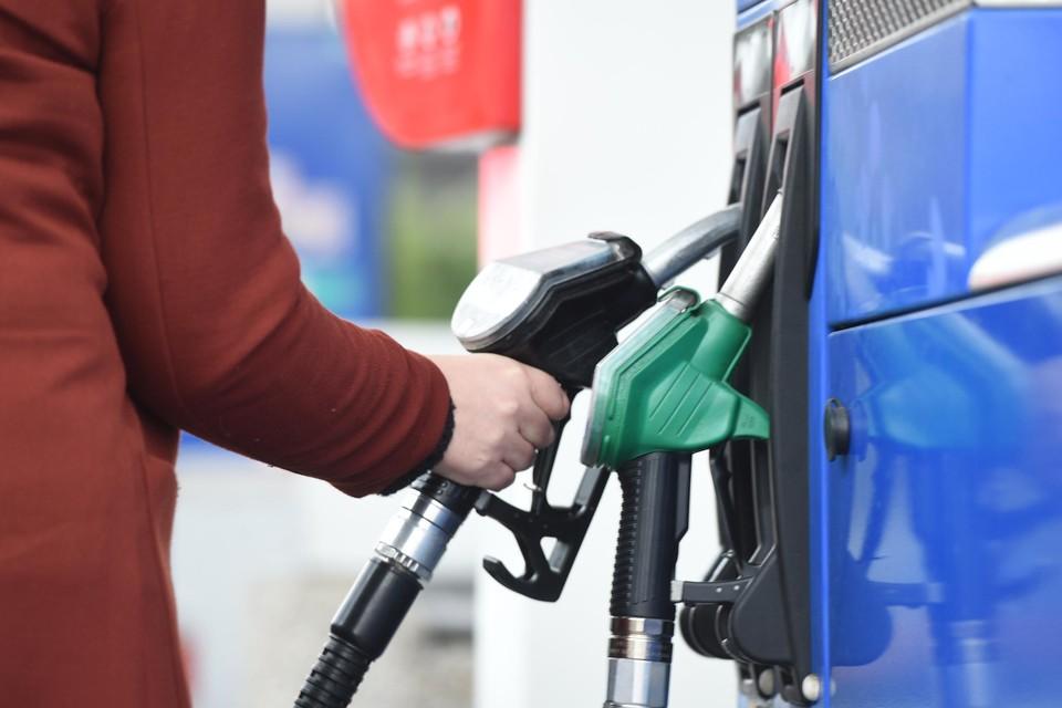 Benzine wordt weer wat duurder.