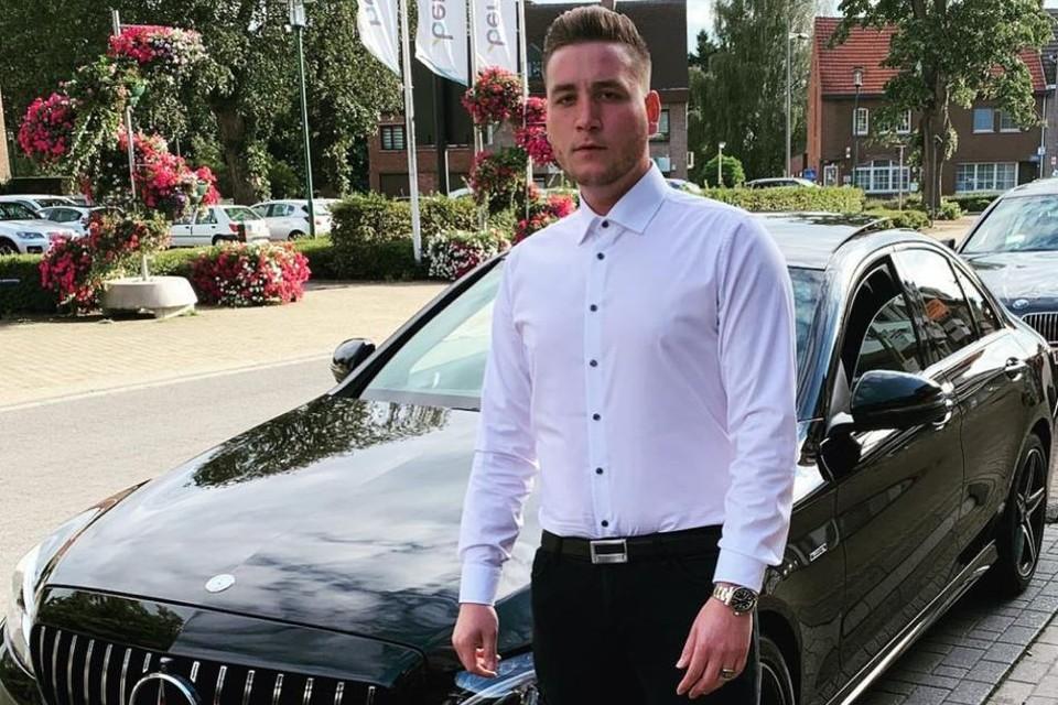 Atakan Keskin (28) uit Paal had zijn Mercedes te koop gezet op de website 2dehands.be.