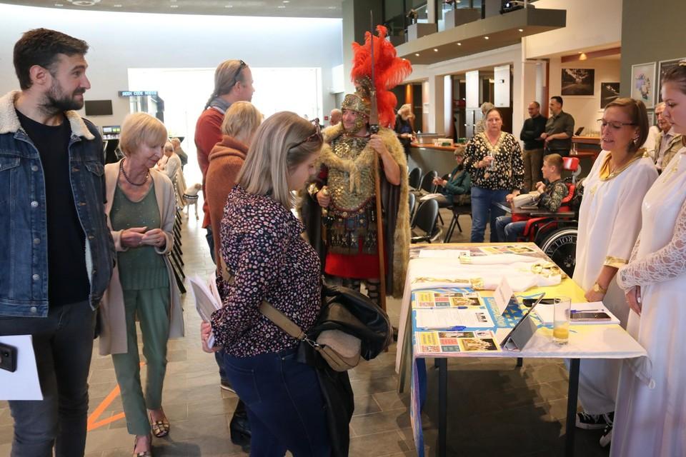 Nieuwe Tongenaren konden kennismaken met de Kroningsfeesten.