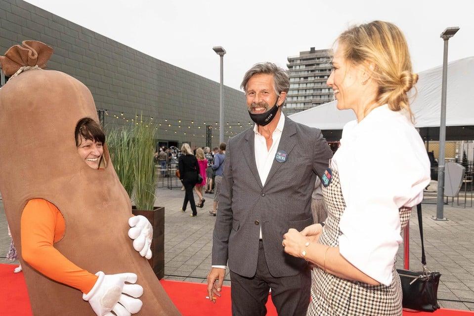 Johan Heldenbergh en Hilde De Baerdemaeker bij een… saucisse, zoals in de film.