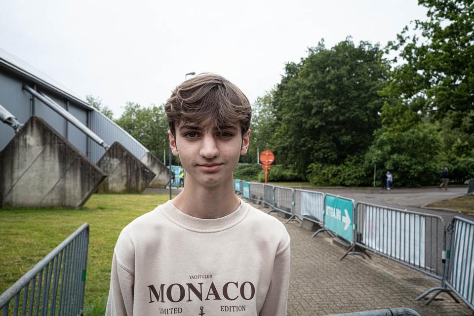 Arne (19) uit Kozen (Nieuwerkerken) werd meteen na zijn telefoontje opgeroepen voor een spuit in Hasselt.
