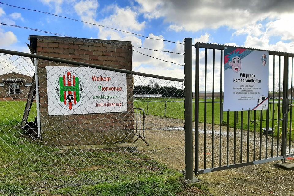 Vanavond, tijdens Heers Voetbalt, strijden de drie voetbalclubs uit de gemeente om de jaarlijkse beker van Heers op de terreinen van Heers VV.