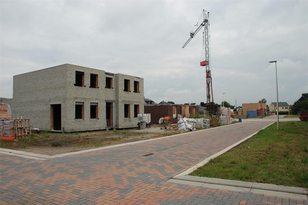Eerste woningen in aanbouw op verkaveling 'De Kremer' (Pelt) - Het Belang  van Limburg Mobile