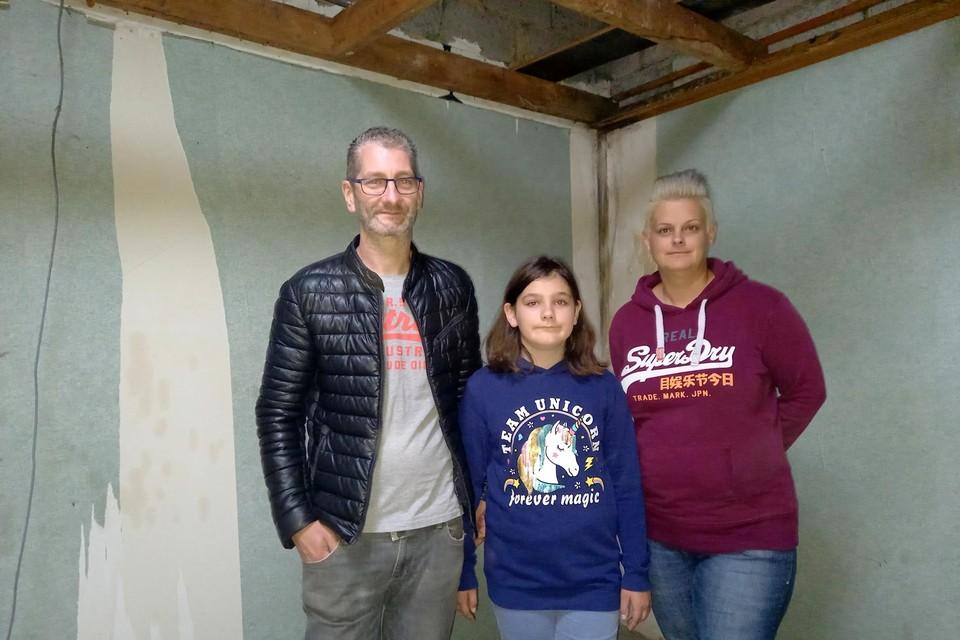 Staf Doomen en zijn ex-vrouw Cindy Geysmans met hun dochter Hanne.