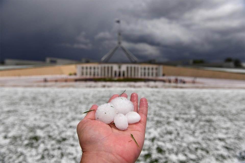 Enkele dagen geleden vielen nog grote hagelstenen in de hoofdstad.