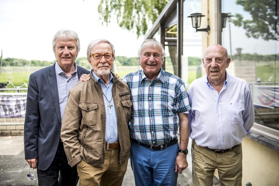 De vier Strangers, met van links naar rechts Nest Adriaenssen, Alex Boeye, John De Wilde en Bob Van Staeyen.