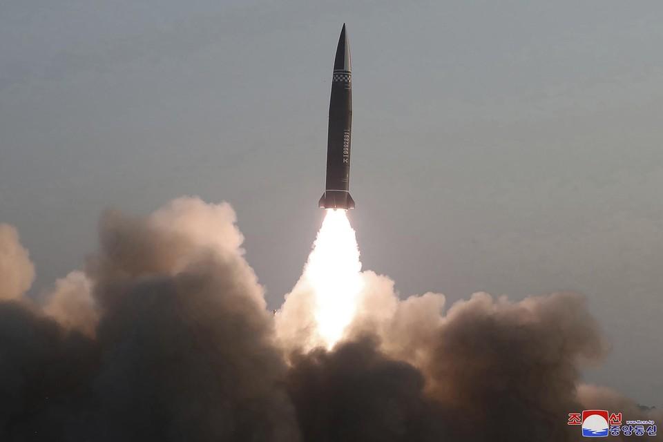De Noord-Koreaanse overheid verspreidde beelden van de lancering.