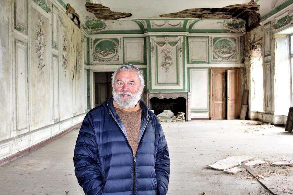 Vriend Edgard Claesen van de kasteelheer bewaakt het domein nog steeds