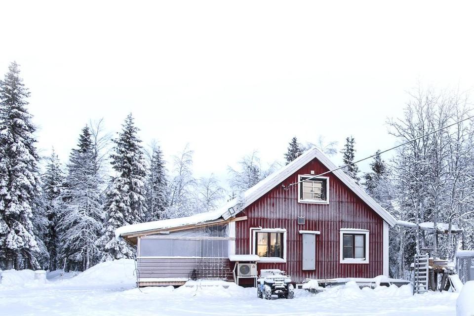 Het huisje in Zweeds Lapland waar Ulrich K. als een wereldvreemde kluizenaar woonde.