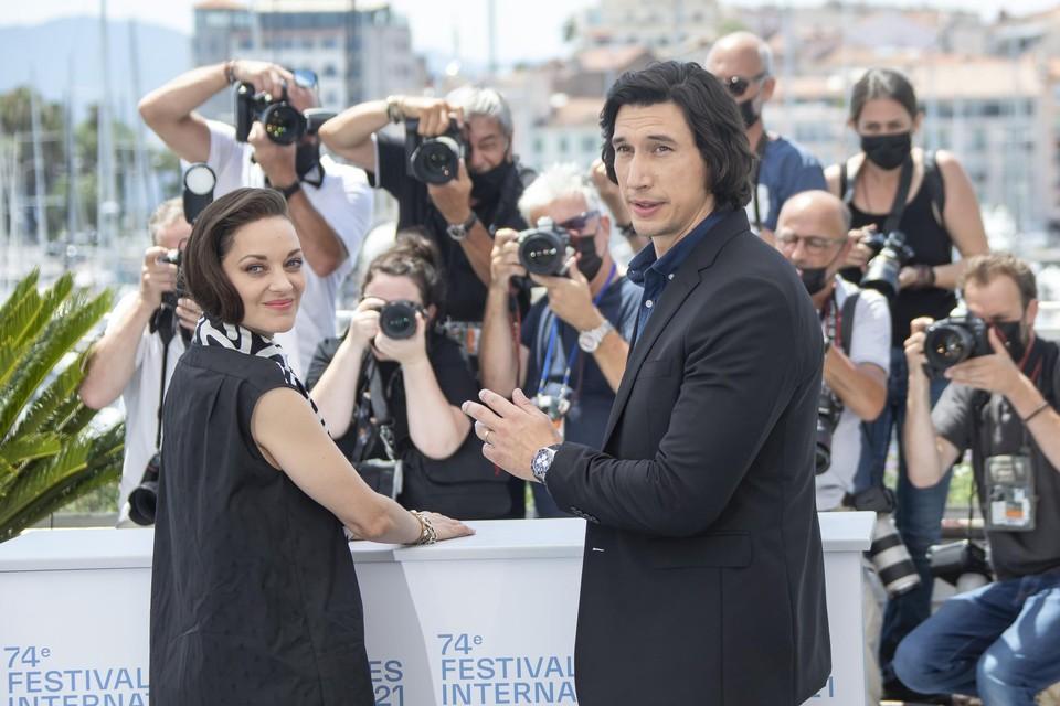 Adam Driver en Marion Cottilard in Cannes begin juli