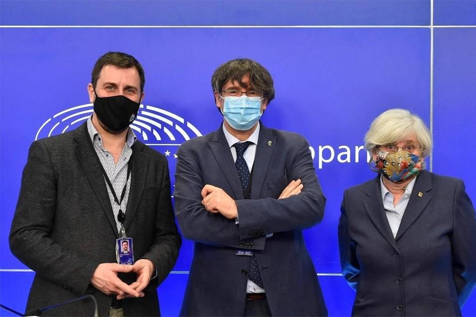 Toni Comin, Carles Puigdemont en Clara Ponsati Foto: AFP