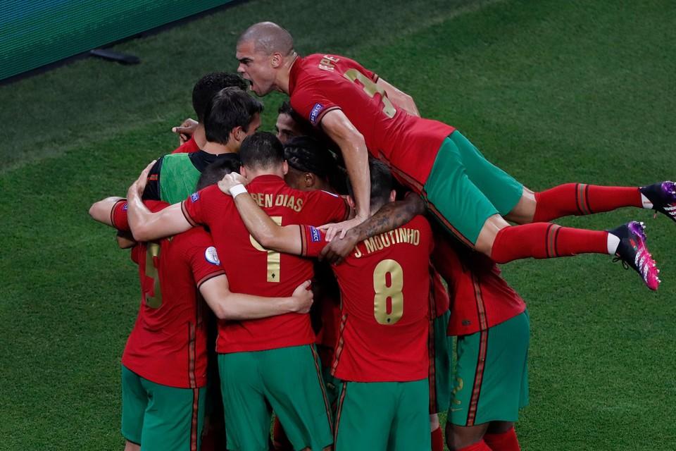 """België treft in de achtste finales Europees kampioen Portugal. """"Als je Europees kampioen wilt worden, moet je ook die partij winnen"""", aldus huisanalist Johan Boskamp."""
