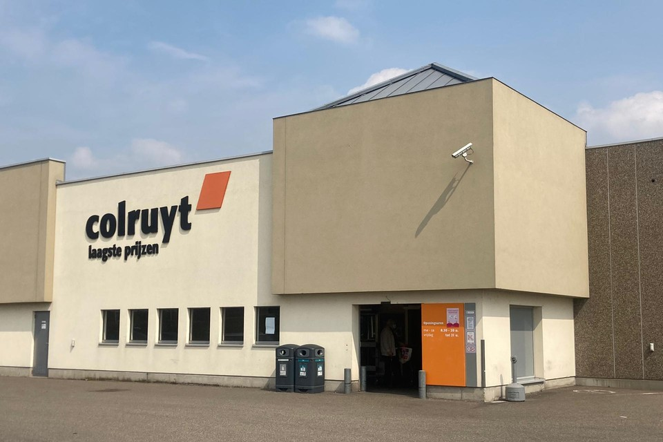 In Sint-Truiden zal het personeel van Colruyt het werk donderdag twee minuten neerleggen uit protest.