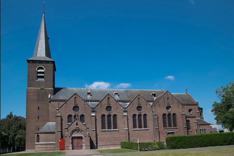 Alle vieringen gaan door in de Sint-Pieterskerk van Nieuwerkerken