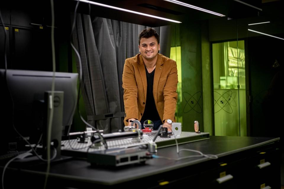 """""""Het is mijn droom om wetenschappelijk onderzoek te doen aan de universiteit en dit te combineren met lesgeven"""", zegt Ömer Sercik."""