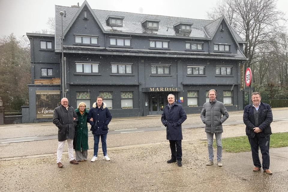 """""""De Limburgse gastvrijheid zal behouden blijven"""", zegt afscheidnemend zaakvoerder Ludo Geurden."""