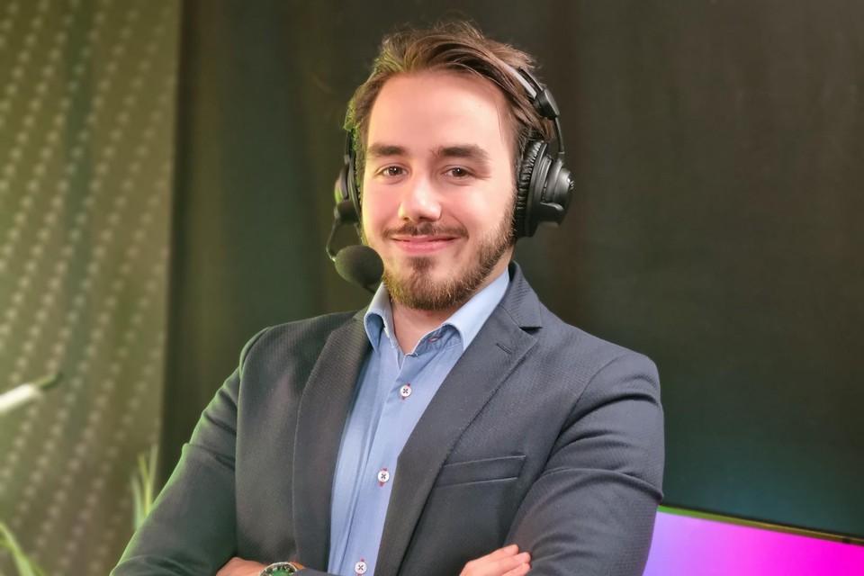 Bij Syntra kun je nu een cursus volgen om esports commentator te worden.
