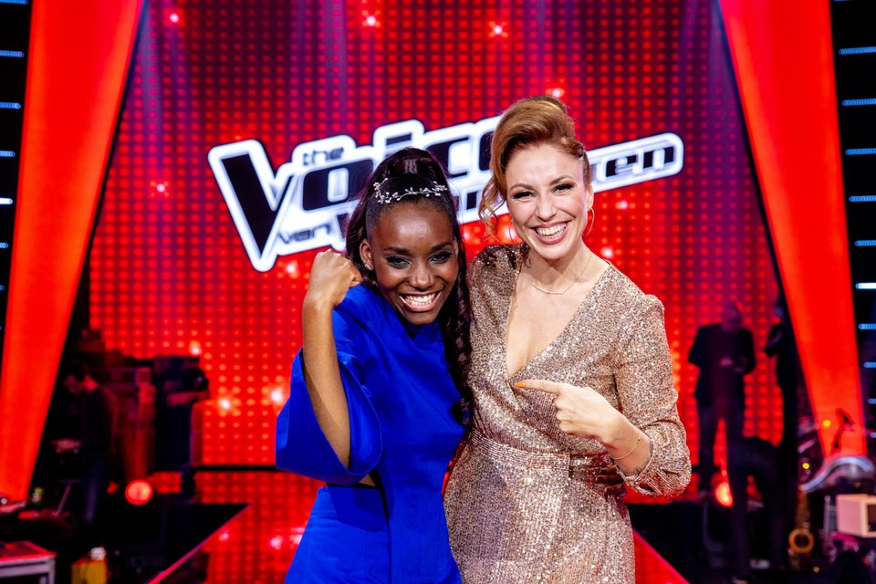 Een dolgelukkige Grace samen met haar coach Natalia.