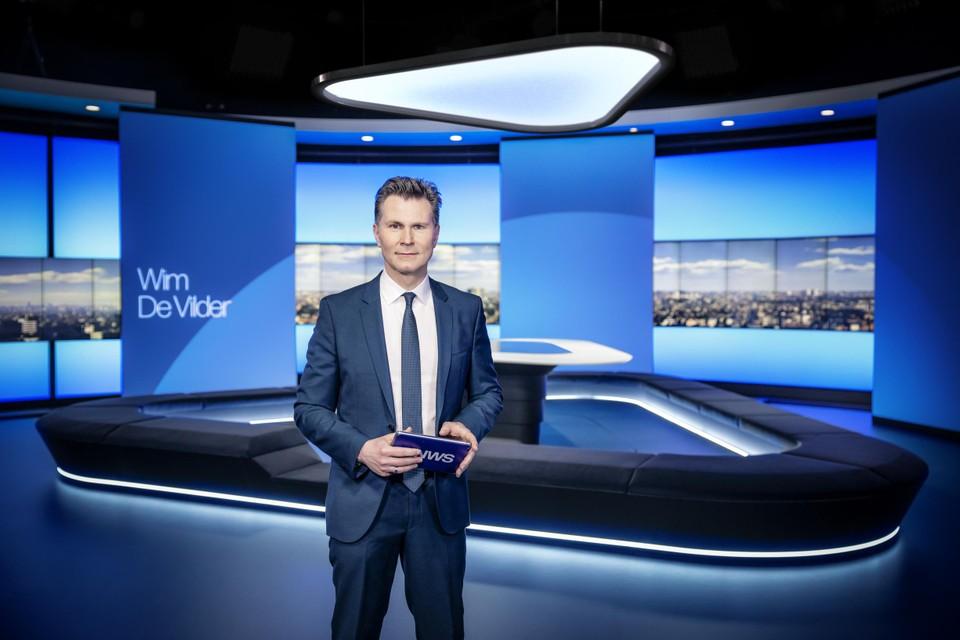 Een nieuwe studio komt ook met een nieuwe invulling van het programma. En geen Wim De Vilder meer in 'Het Journaal laat'.