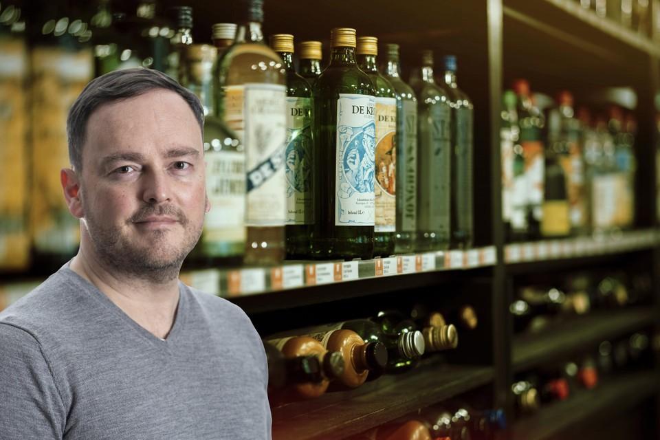 Onze drankenkenner Jurgen Lijcops tipt vijf jenevers voor de Jeneverfeesten.