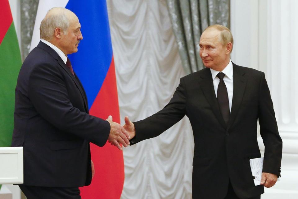 Wit-Russisch president Aleksandr Loekasjenko bezocht Vladimir Poetin.